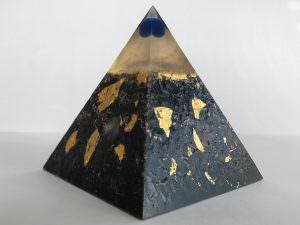 Pyramide HHG Vescia Piscis EM blau M