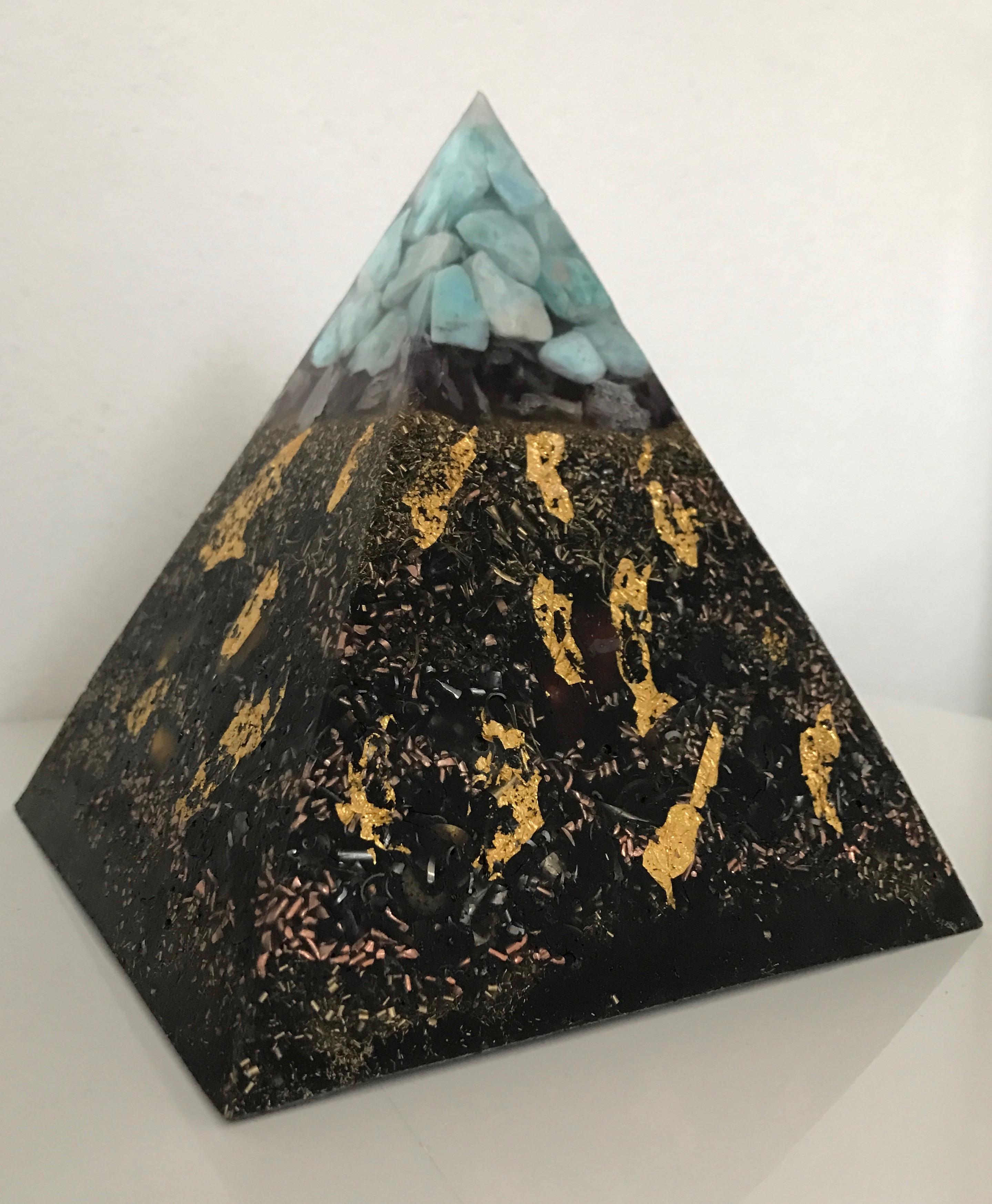Pyramide HHG Vescia Piscis Larimar L
