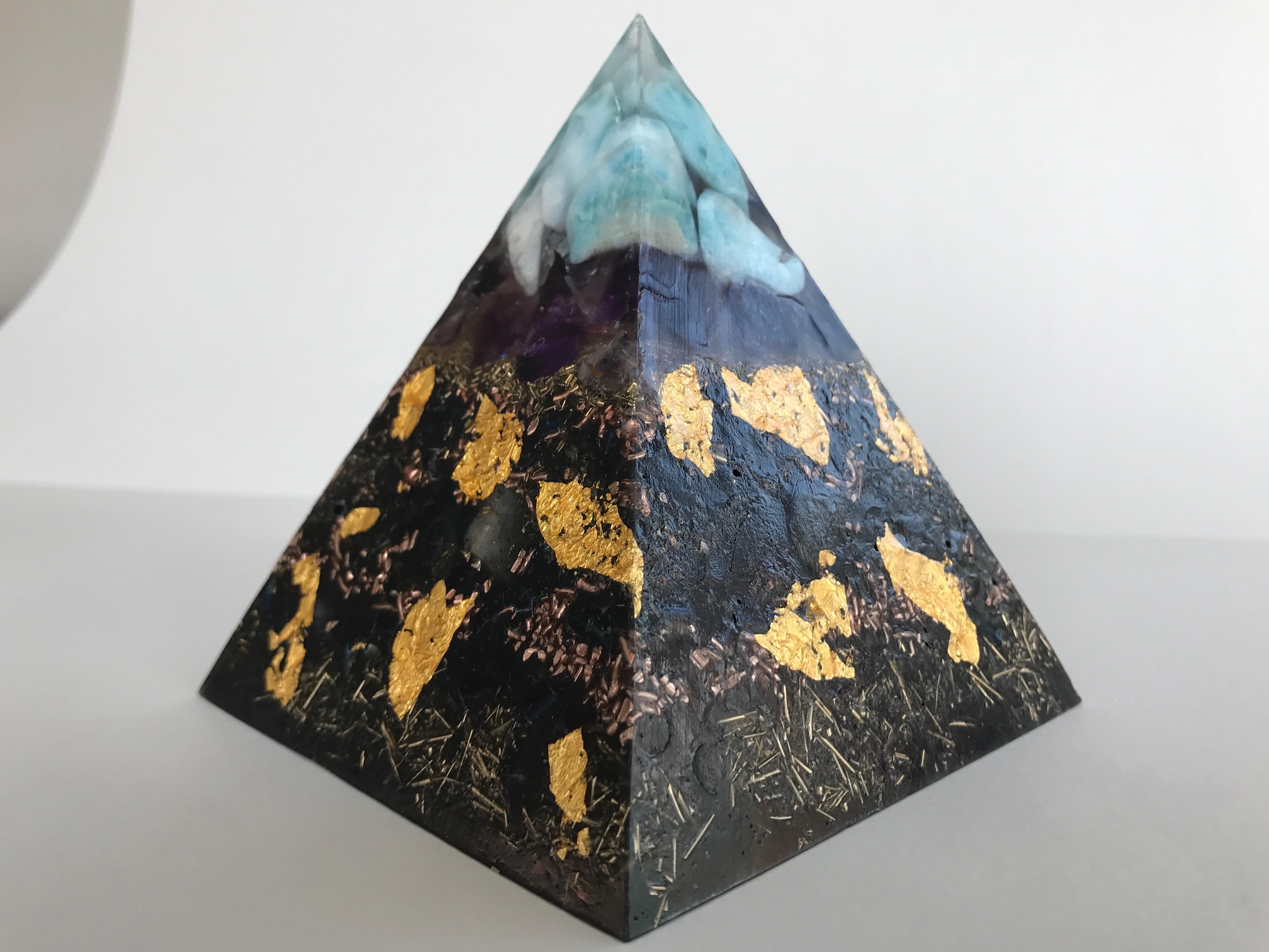 Pyramide HHG Vescia Piscis Larimar M