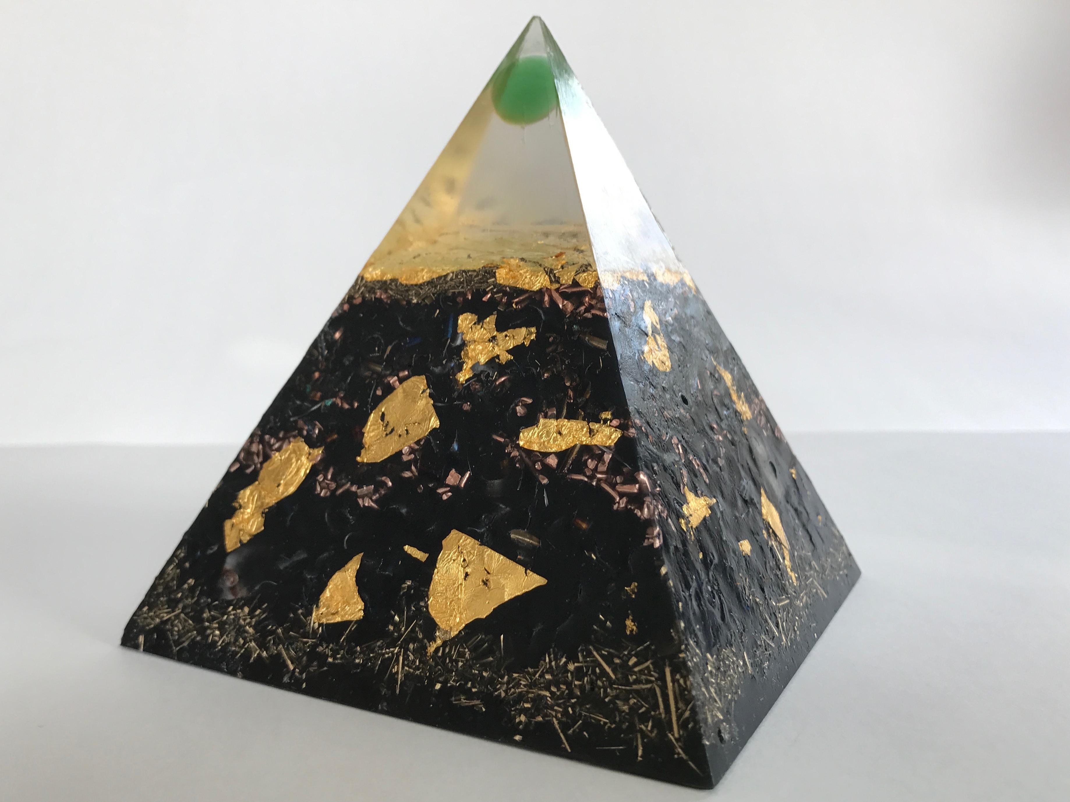 Pyramide HHG Vescia Piscis EM grün M